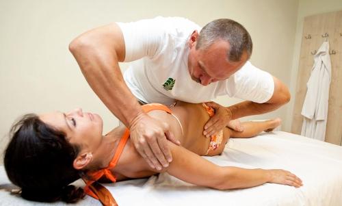 Тянущие боли в спине и животе у мужчин