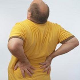 Почему появляется боль в пояснице при ходьбе причины и лечение