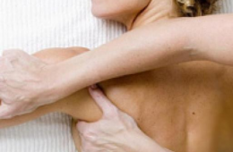Массаж при плечелопаточном периартрите